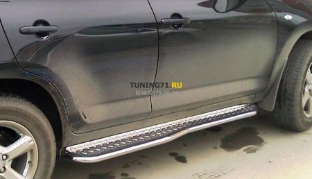 Hyundai Santa Fe 2010-2012г.в.-Пороги с листом фигурные d-43